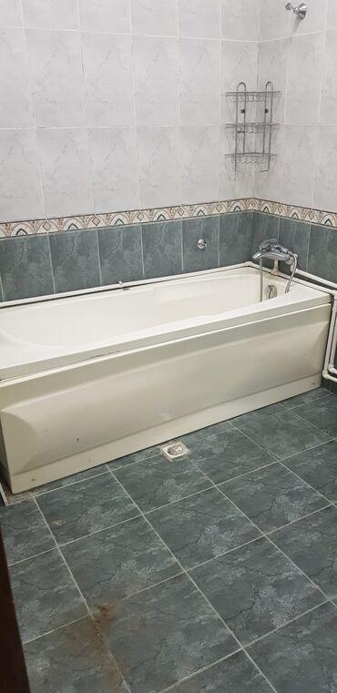 ванна из стекловолокна в Азербайджан: Vanna satılır, yaxşı vəziyyətdədir