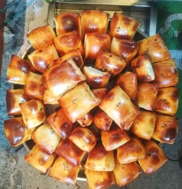 Продукты питания - Кыргызстан: Тандырные самсы андижанская слоёное самсы, сосиска в тесте,пирожки, бе