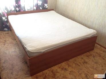 Двухспальная кровать в отличном состоянии срочно в Сокулук