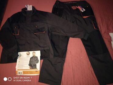 Novi radni komplet! Pantalone I jakna poptuno nove. Otvorene zbog