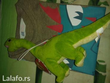Set majica HM(dugi rukav,vel 4-6) motiv azdaja, i plisani dinosaurus,m - Novi Sad
