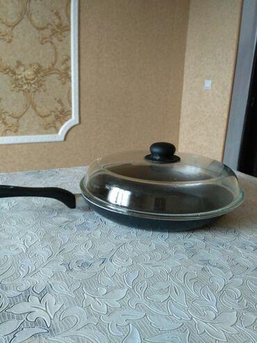 Сковорода с крышкой ( стеклянная), диаметр 30 см.в хорошем