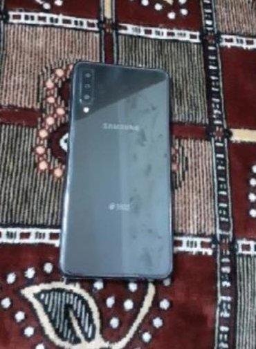 İşlənmiş Samsung Galaxy A7 2018 128 GB boz