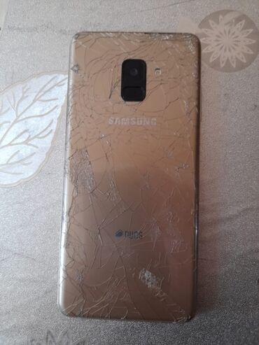 İşlənmiş Samsung Galaxy A8 Plus 2018 64 GB qızılı