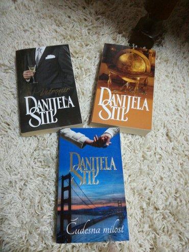 Tri knjige danijele stil po super ceni od 500 din za sve tri,novo. - Trstenik