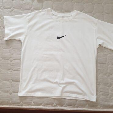 Футболка белая оверсайз, размер стандартный, с логотипом Nike, цена