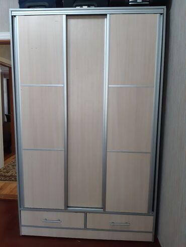 Продаю шкаф- гардероб, б/у
