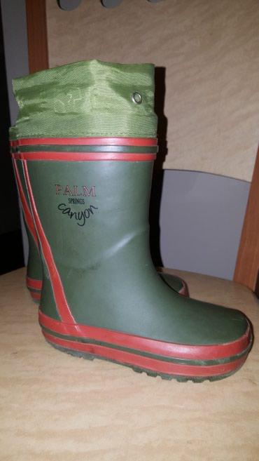 фирменную обувь в Кыргызстан: Сапоги резиновые Guliver фирменные! размер 24, длина стельки 16 см. в