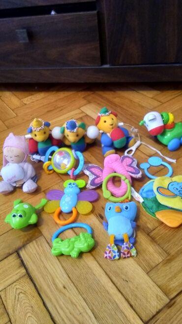 Muzika - Srbija: Sve igračke su kao nove. sve za najmladje šuškave zveckave muzičke