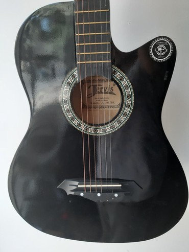 gitara i saksofon в Азербайджан: Akustik gitara. Akustik gitar Pelvis. Çexolla birgə verilir.Gitara