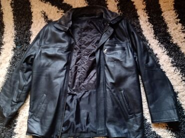 Kožna jakna, kao nova, bukvalno par puta obučena, veličina XL, cena 20