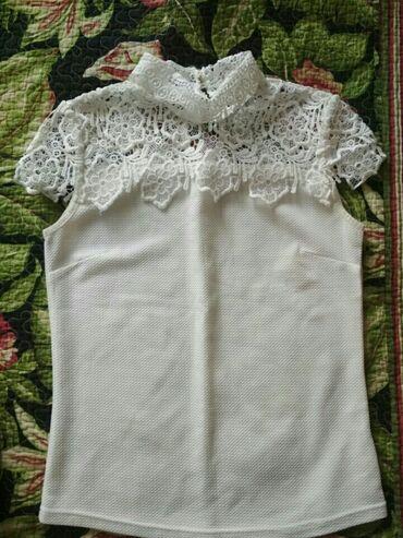 Блузка на девочку 10-12 лет состояние хорошее (9/10) Цена 300 сом