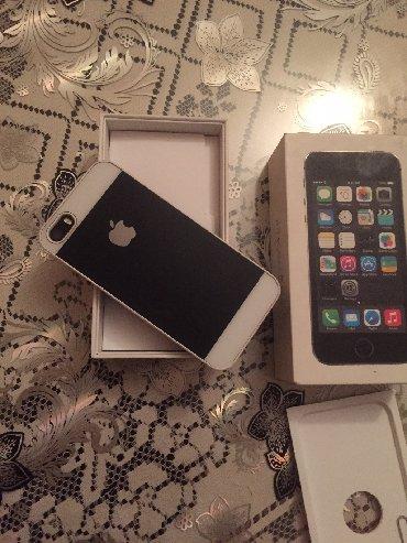 Mobilni telefoni - Crvenka: Polovni iPhone 5s 16 GB Crn
