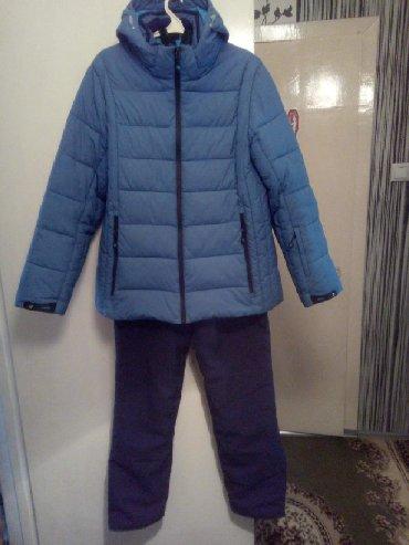 Спортивные костюмы - Кыргызстан: Лыжный зимний костюм. Б/У в идеальном состоянии. Очень удобен для тех