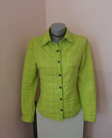 767 oglasa: Reserved neon zelena jakna, tanka prolecna, extra stanje, velicina M