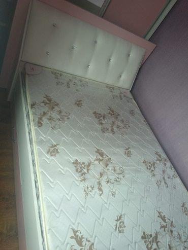 Детская кровать с ящиками+матрас почти новая в Сокулук