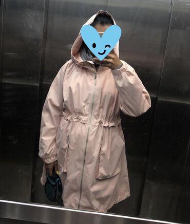 Плащевка осень/весна Размер XL, но опять же у меня S)) носила, когда