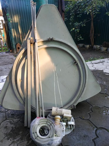 купить-спутниковую-тарелку в Кыргызстан: Продаю спутниковую антенну 2 м в диаметре, ресивером в комплекте.в