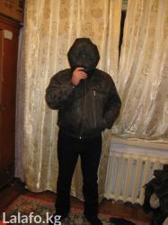 Продаю  кожаную куртку  ... длинная куртка с подкладном и ремнем.. в Бишкек