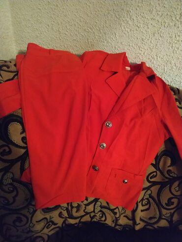 Костюм юбка пиджак,отдам за 500,46размер, состояние новое