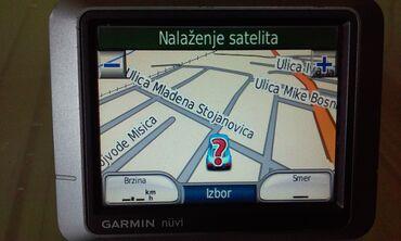 Garmin nuvi 200 - 3,5 inčapotpuno ispravna i očuvana navigacija sa