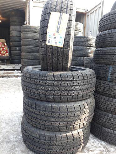 шины 215 55 17 в Кыргызстан: Продаю комплект новый 215/55/17