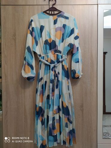 размер-м-s в Кыргызстан: Продаю платье. Новое. Турция. Размер 46. Заказывала с Турции. Размер