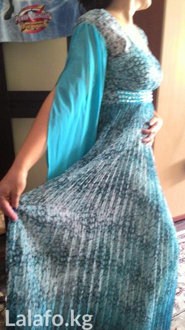 Платье размер l. дополнили рукавами. в Бишкек