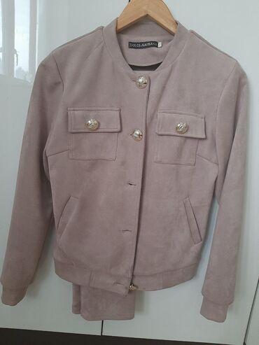 Продаю шикарный костюм от D&G.Бледнорозового оттенка, очень мягкая