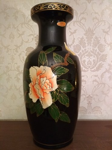 Новая Китайская ваза. Высота около 45 см в Бишкек