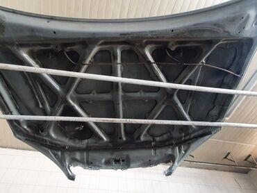 Автозапчасти - BMW - Бишкек: Продаю! Капот (готовый к покраске) Камри 35  camry 35