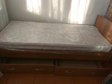 продаю кровать с матрасом (односпальная) почти новая  в Бишкек