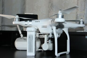 Фото и видеокамеры - Базар-Коргон: Продаю дрон DJI PHANTOM 3 ADV в отличном состоянииВ комплекте Дрон, 1