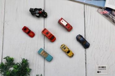 Товар: Набор игрушек машинок, цветной, 9725.    Состояние: Плохое.  Цв