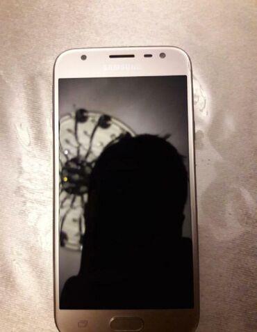 Samsung qalaksi j3 2017 tep tezedir hecbir donmasi falan yoxdur tecili