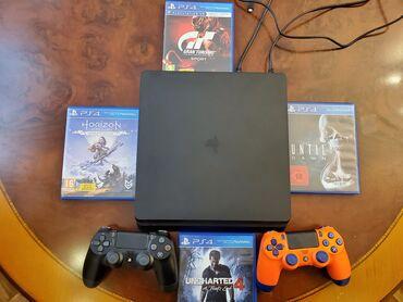 Playstation 4 Slim 500 Gb.Yenidir 1 Ay İşlədilib.Üzərində 2 Orginal