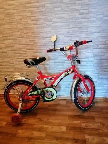 Продаю велосипед. Новый. Есть ручной тормоз, звонок, зеркало, багажник