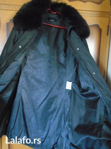 Duzina sirina rukava - Srbija: Crna, zimska jakna sa pravim krznom, italijanskog brenda cheitt. Sto