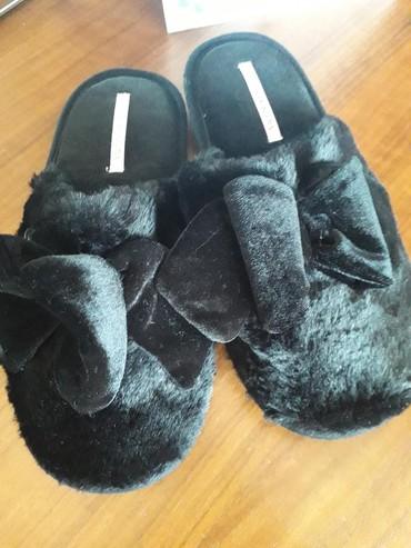 теплые мужские тапочки в Азербайджан: Тапочки Victoria's SECRET. НОвые Привозные. Размер 40/41