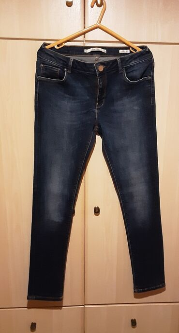 Jeans σωλήνας, size M, χρώμα : σκούρο μπλε, ελάχιστα φορεμένο, άριστη