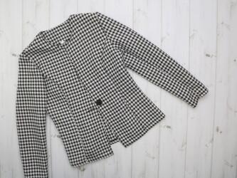 Женский пиджак в принт гусиные лапки, р. М    Длина: 56 см Нюансы: нем