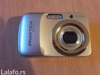 Foto aparat praktica je malo koriscen ali je kao nov u izuzetnom - Prokuplje