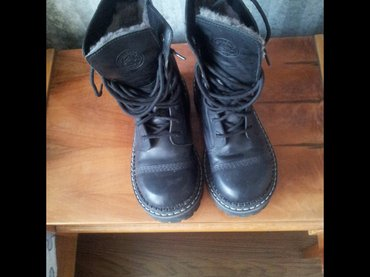 """Продаю новые черные ботинки зимние """" grinders"""", размер 37. в Бишкек"""