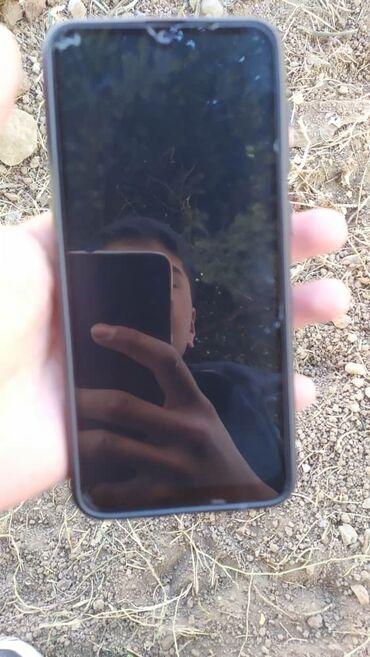 Б/у Samsung A30 32 ГБ Синий