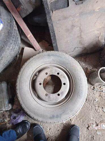 работа с 16 лет в Кыргызстан: 14С с покрышка с дисками на сапог 2-х