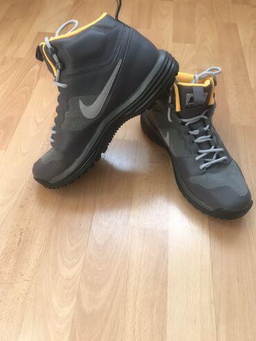 Продаю новые кожаные ботинки Найк. Размер 43, оригинал привезли из Гер