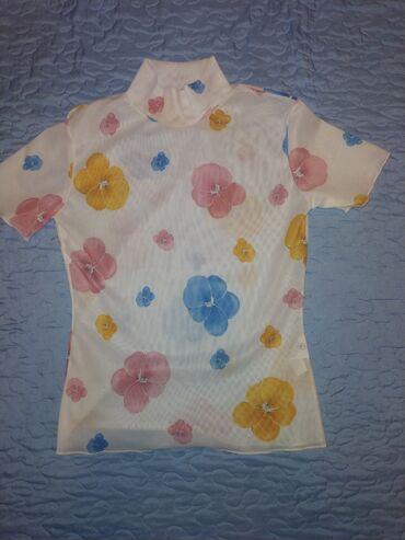 Женская футболка, 44 размера