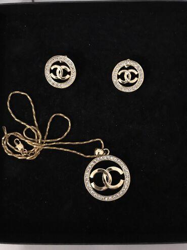 chanel 5 в Кыргызстан: Комплект Chanel, серьги+цепочка