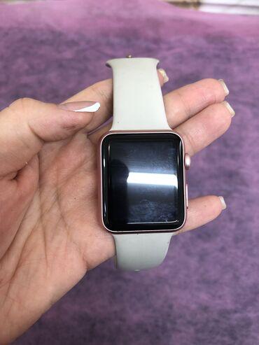 vakansii apple в Кыргызстан: Продаю Apple watch 1  Маленькая царапинка но состоЯние идеальное  Ни