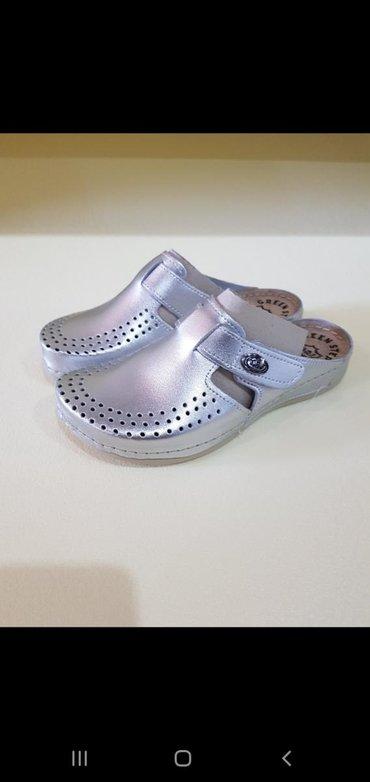 Grubin-klompe-oxsfor - Srbija: Kožne srebrne NOVO 1700 din papuče klompe anatomske koža 36-41
